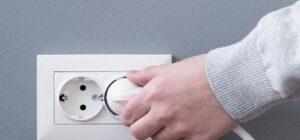 Cómo usar los diferentes tipos de tomas de corriente que hay en Europa