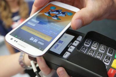 Los pagos vía móvil se estimularán gracias al miedo a tocar efectivo