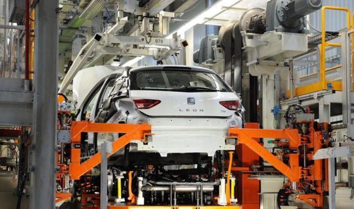 Seat detendrá la planta de Barcelona, y Nissan anuncia un expediente temporal de empleo por el coronavirus